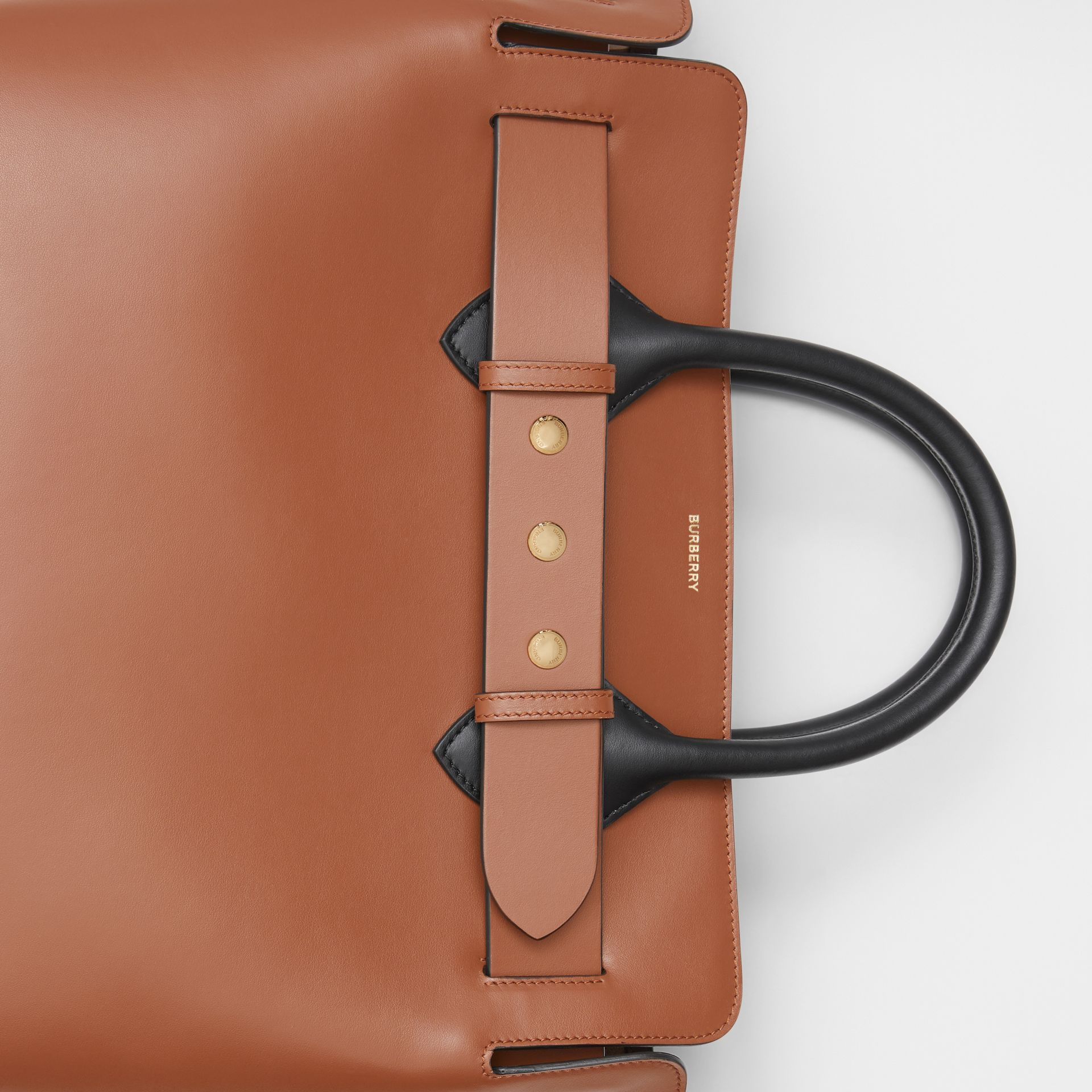 The Medium Belt Bag aus Leder mit Ziernieten (Malzbraun) - Damen | Burberry - Galerie-Bild 1