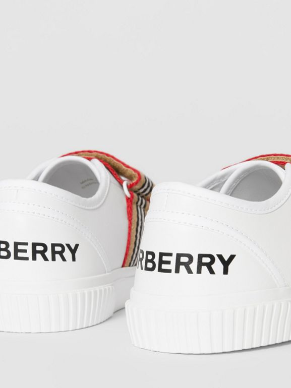 Icon Stripe Detail Leather Sneakers in White - Children | Burberry Singapore - cell image 1
