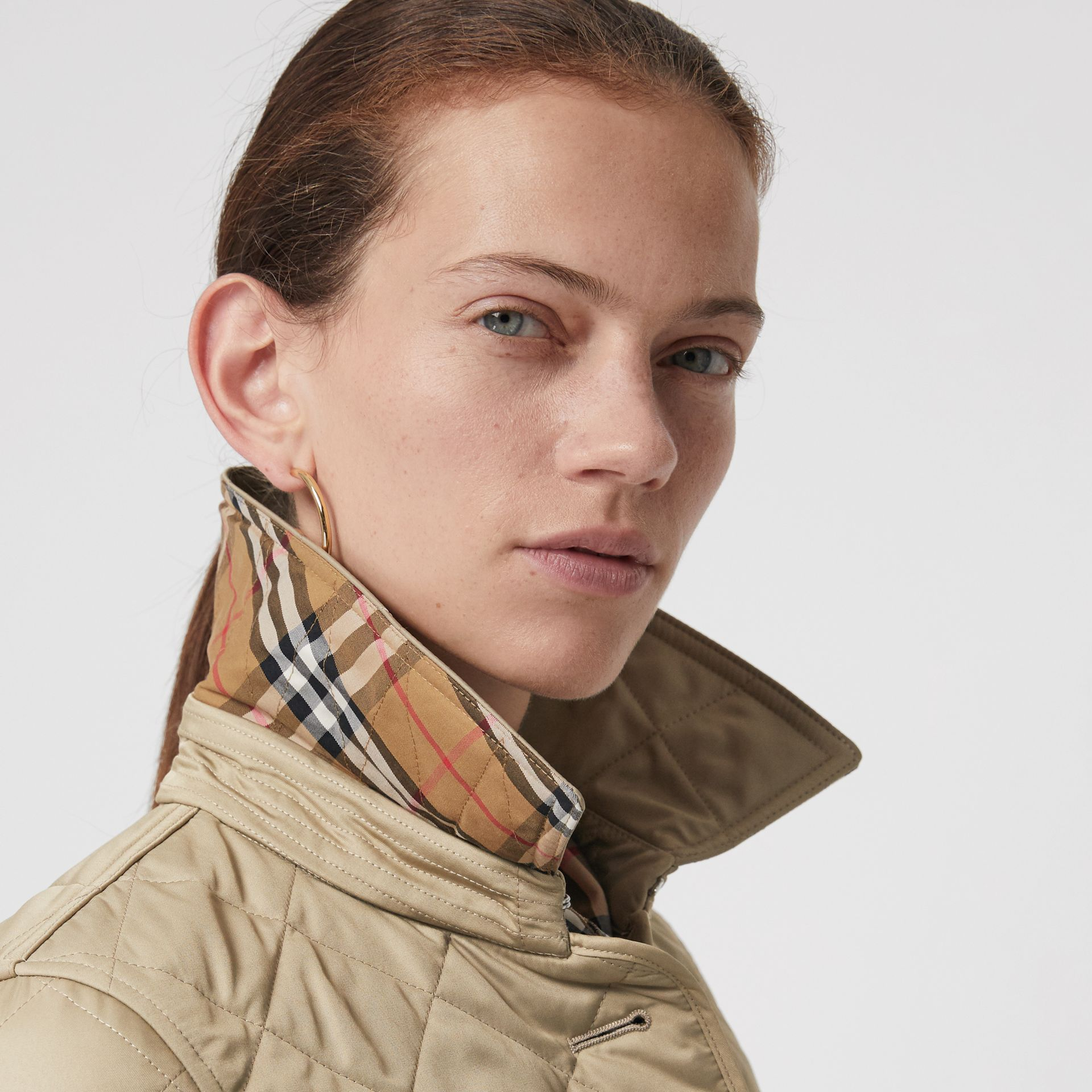 Diamond Quilted Jacket in Canvas - Women | Burberry United Kingdom - gallery image 1