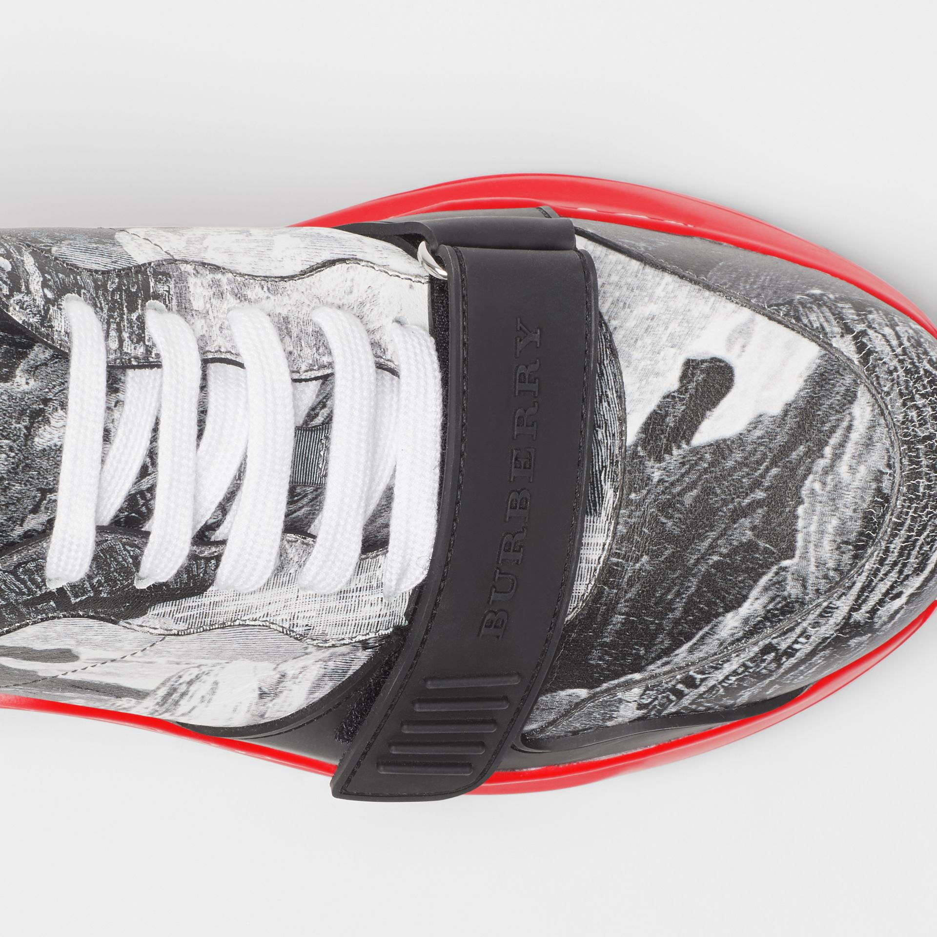 Dreamscape Print Leather Sneakers in Optic White - Men | Burberry - gallery image 1
