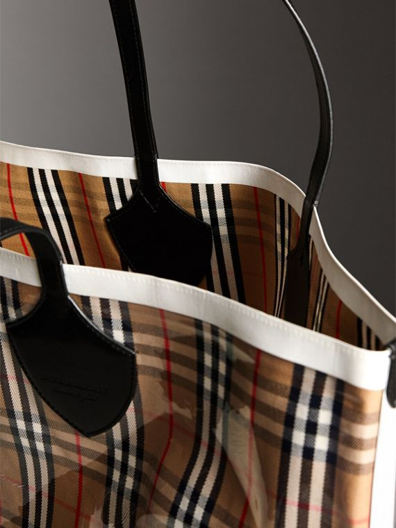 The Giant Tote in Plastic and Vintage Check in Antique Yellow/white - Women | Burberry Canada - cell image 2