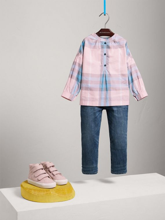 Gathered Check Cotton Shirt in Ice Pink