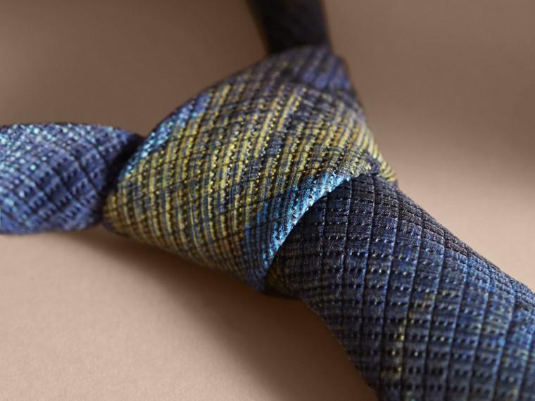 Corbata de pala moderna con motivo de tapiz Índigo Intenso - cell image 1