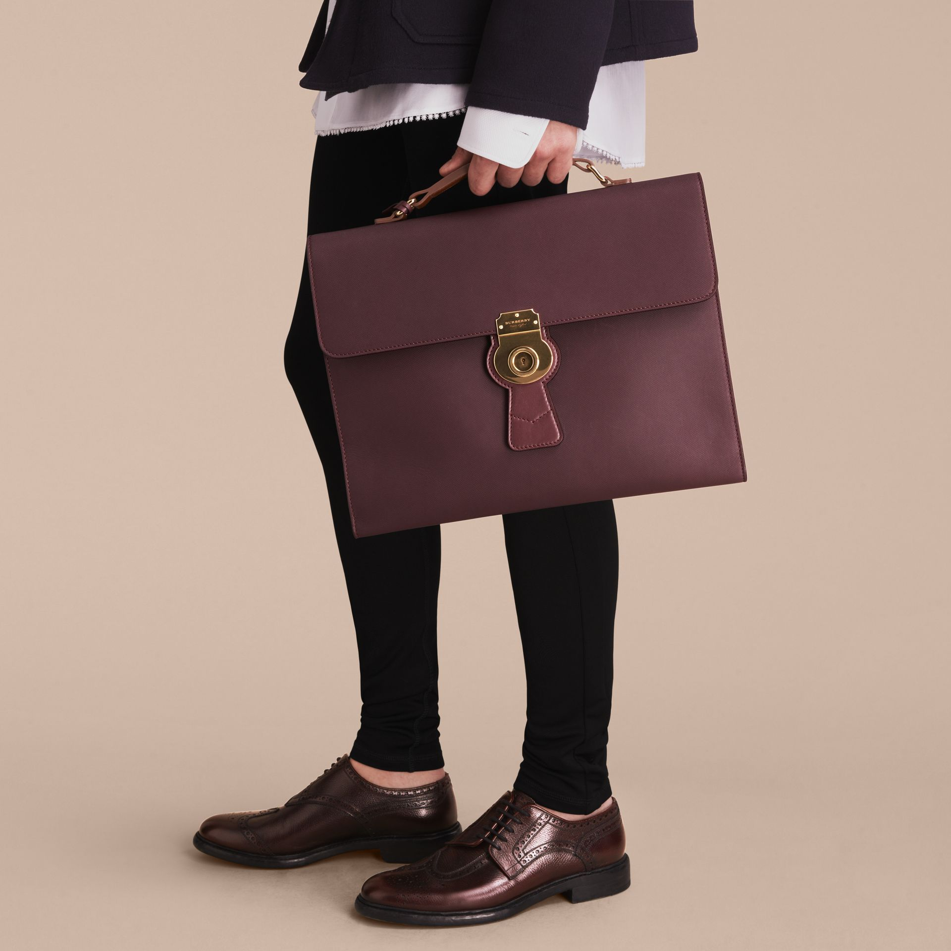 The DK88 Document Case Wine - gallery image 4