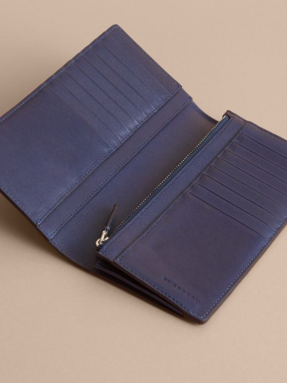 London Check and Leather Continental Wallet in Bright Lapis - Men | Burberry - cell image 3