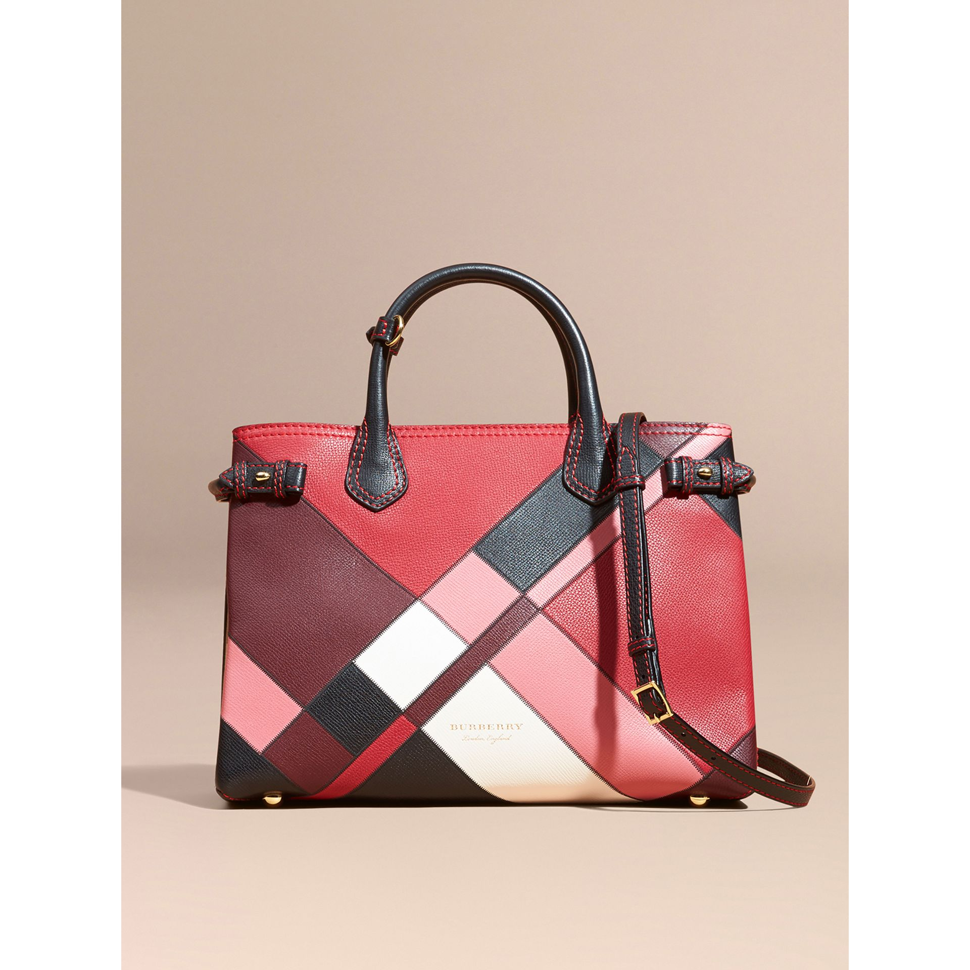 The Medium Banner in Colour Block Leather in Pink - Women | Burberry Canada - gallery image 8