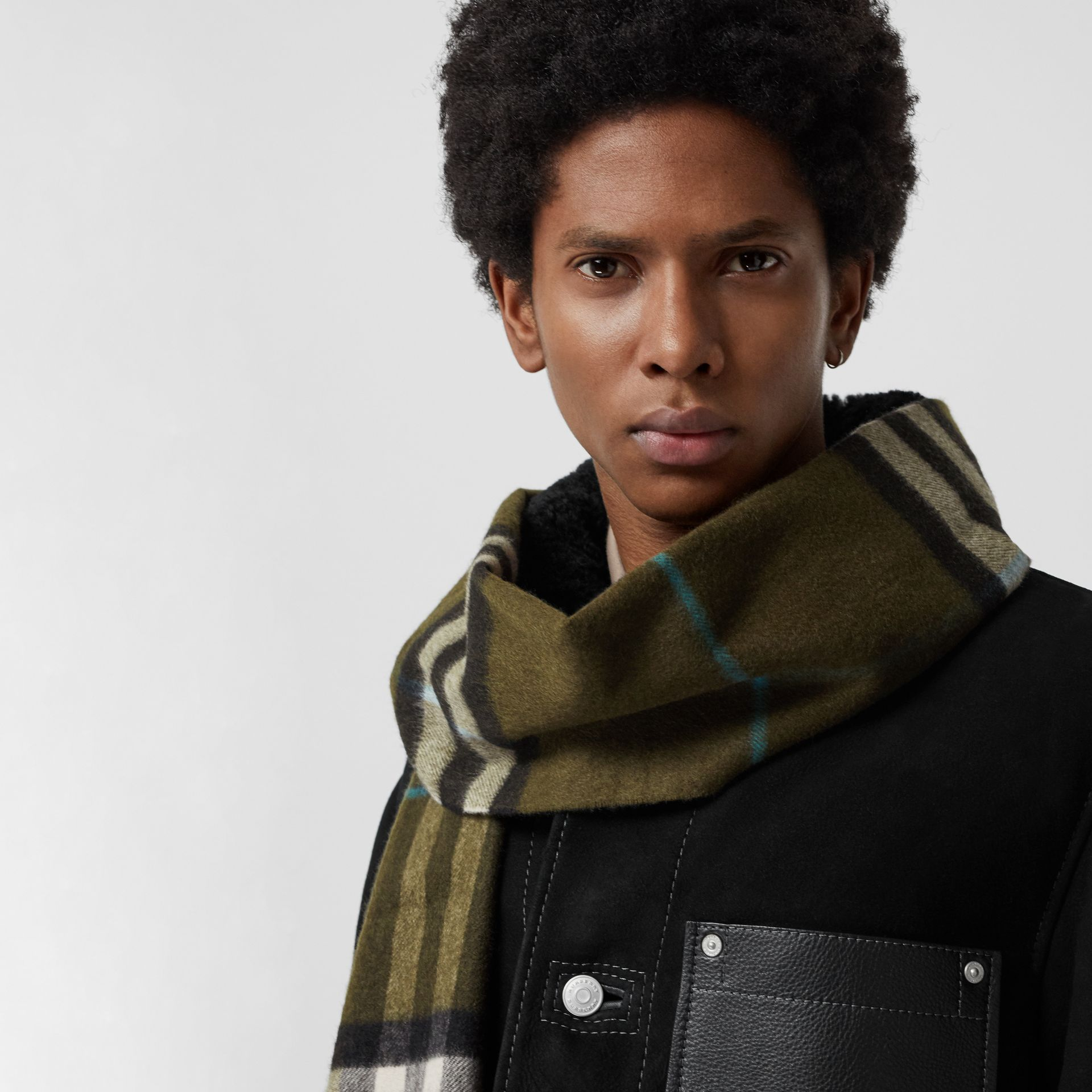 The Classic Check Cashmere Scarf in Antique Green | Burberry Canada - gallery image 6