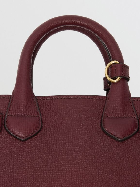 Borsa The Baby Banner in pelle con motivo House check (Rosso Mogano) - Donna | Burberry - cell image 1