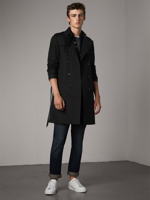 The Chelsea – Long Heritage Trench Coat in Black