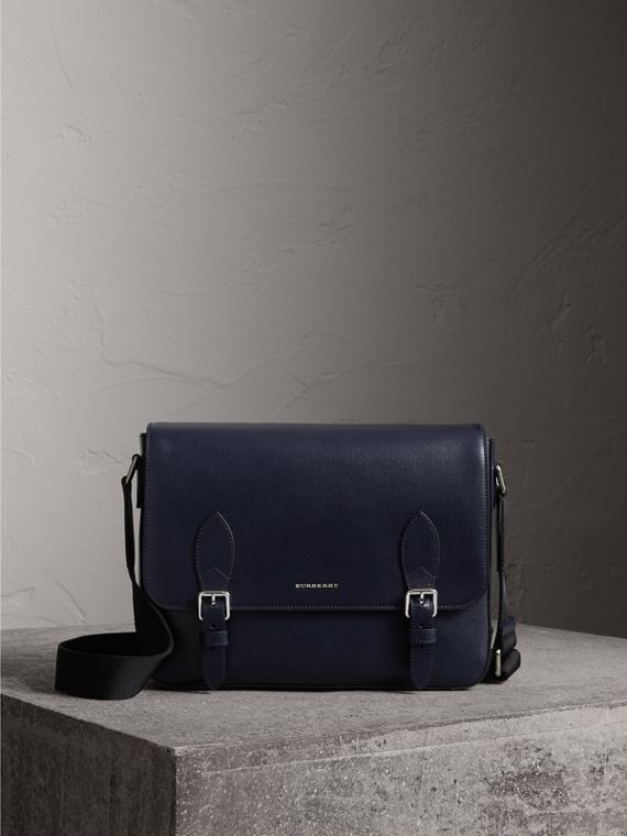 Medium London Leather Messenger Bag in Dark Navy
