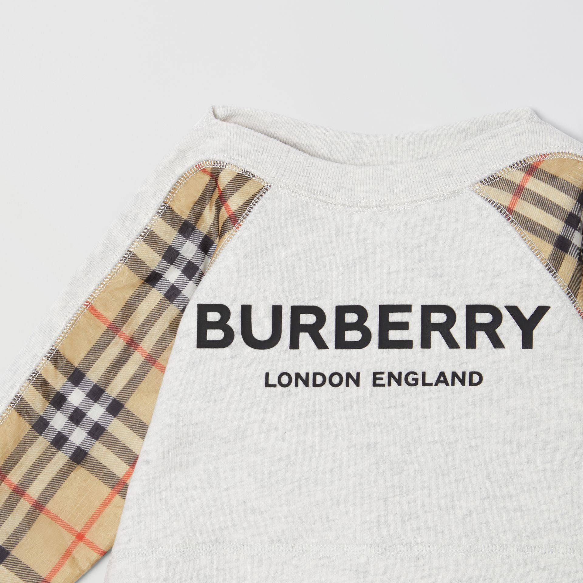 Vintage Check Detail Logo Print Cotton Sweatshirt in White Melange - Children | Burberry - gallery image 4
