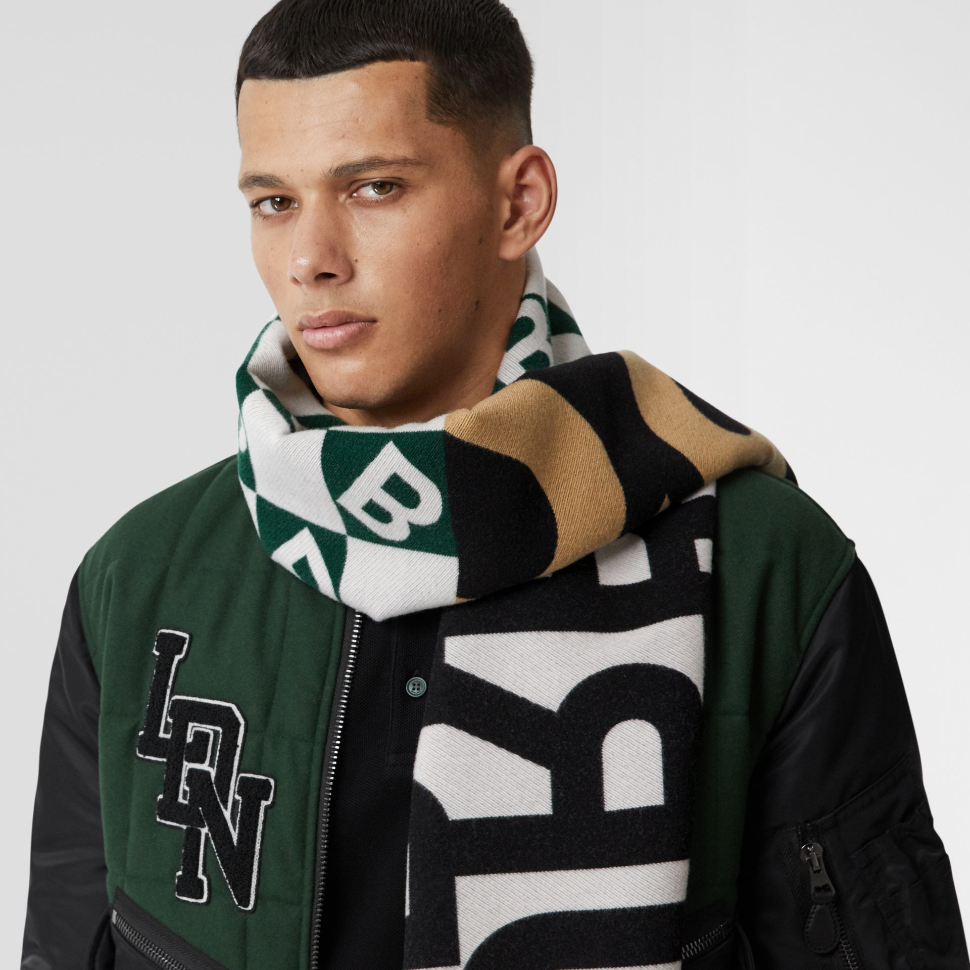 Contrast Logo Graphic Wool Silk Jacquard Scarf in Dark Pine Green | Burberry United Kingdom - gallery image 3