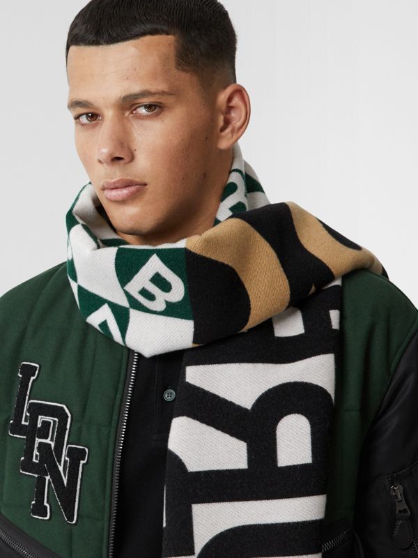 Contrast Logo Graphic Wool Silk Jacquard Scarf in Dark Pine Green | Burberry United Kingdom - cell image 3
