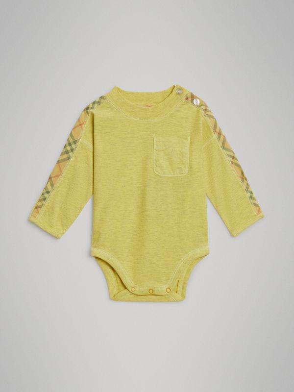 Check Cotton Three-piece Baby Gift Set in Multicolour - Children | Burberry - cell image 2