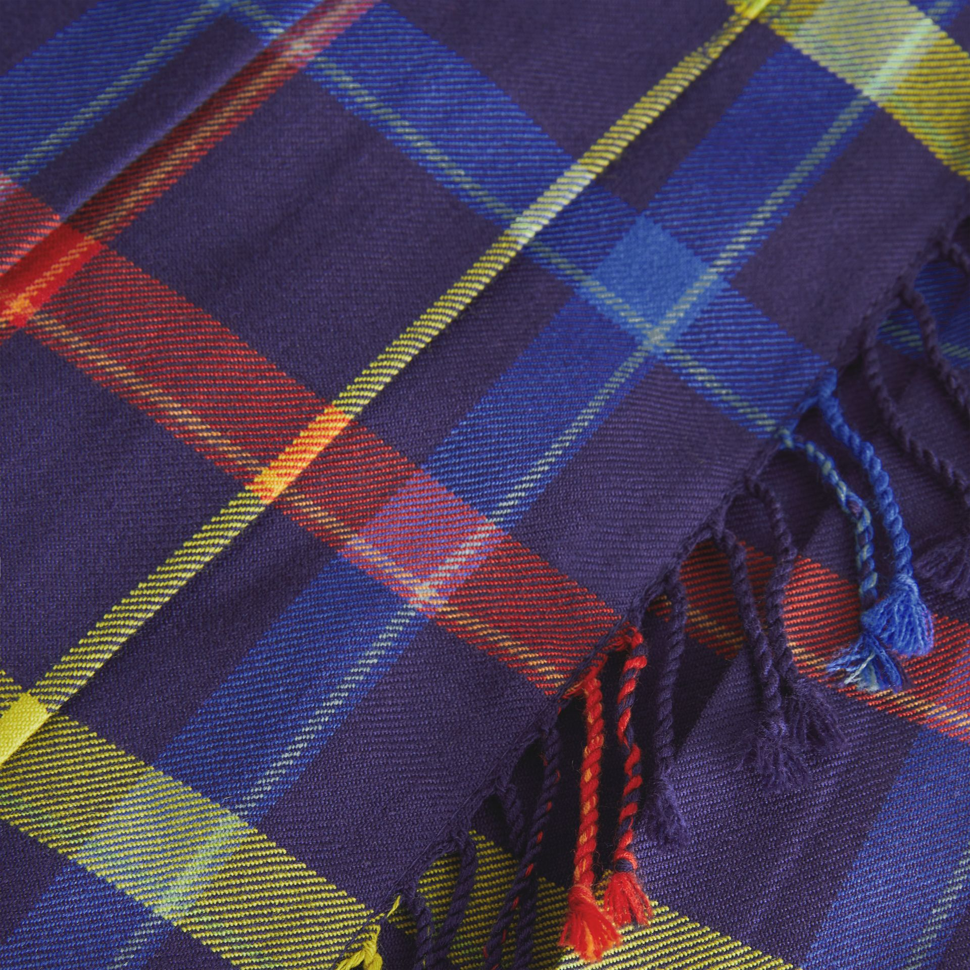 Fringe Detail Tartan Wool Kilt in Bright Navy | Burberry Canada - gallery image 1