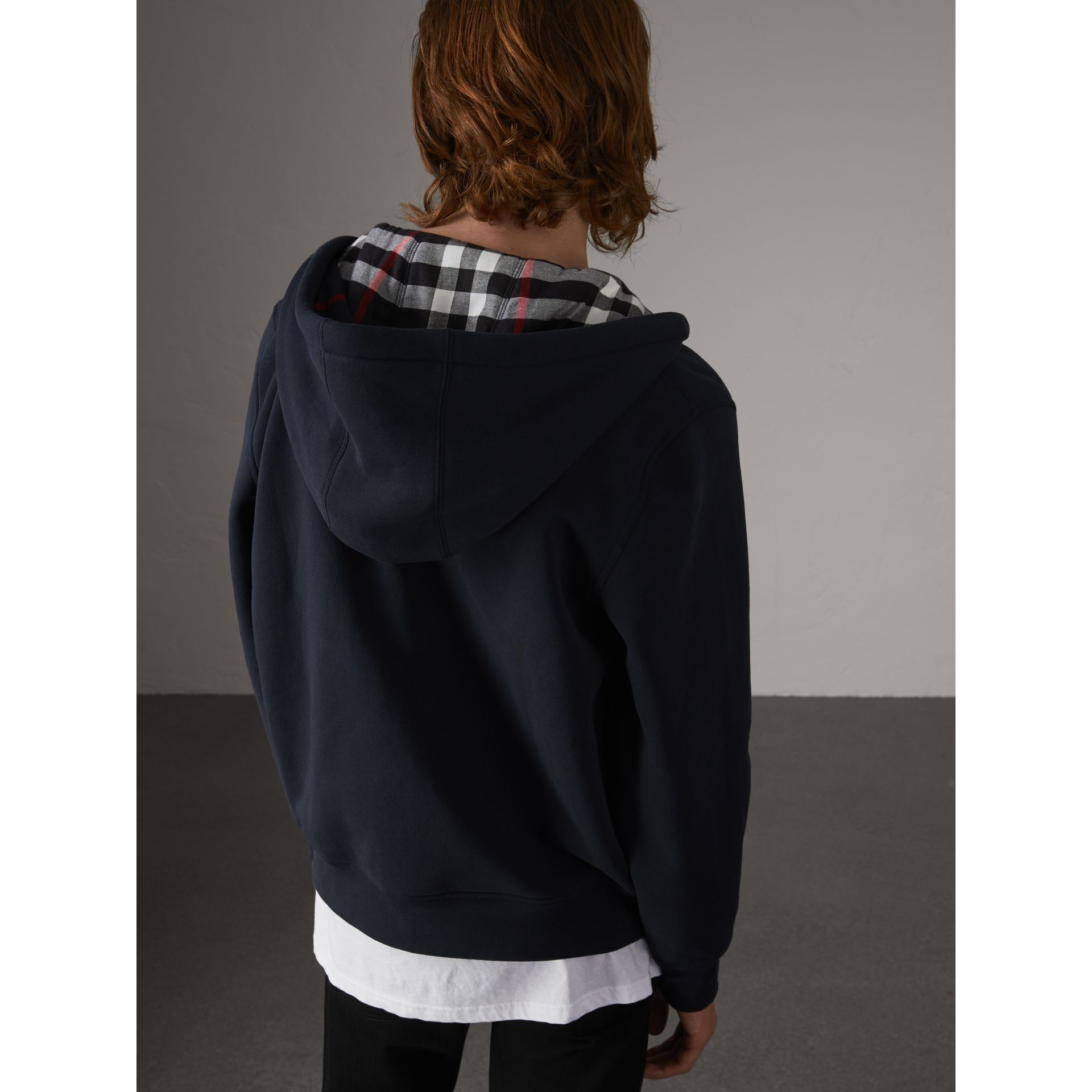 Check Detail Jersey Hooded Top in Navy - Men | Burberry - gallery image 2