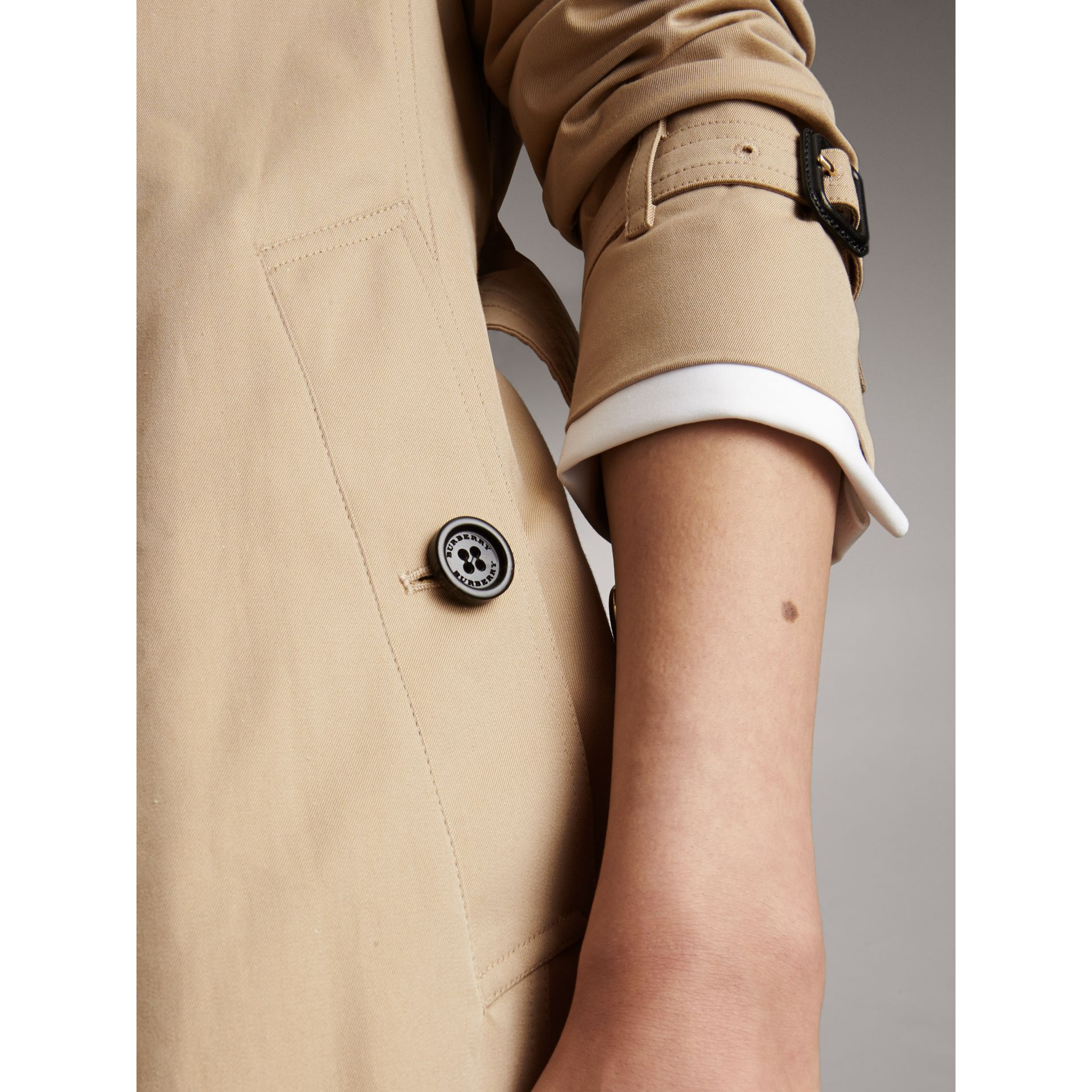 Long Cotton Gabardine Trench Coat in Honey - Women | Burberry - gallery image 2