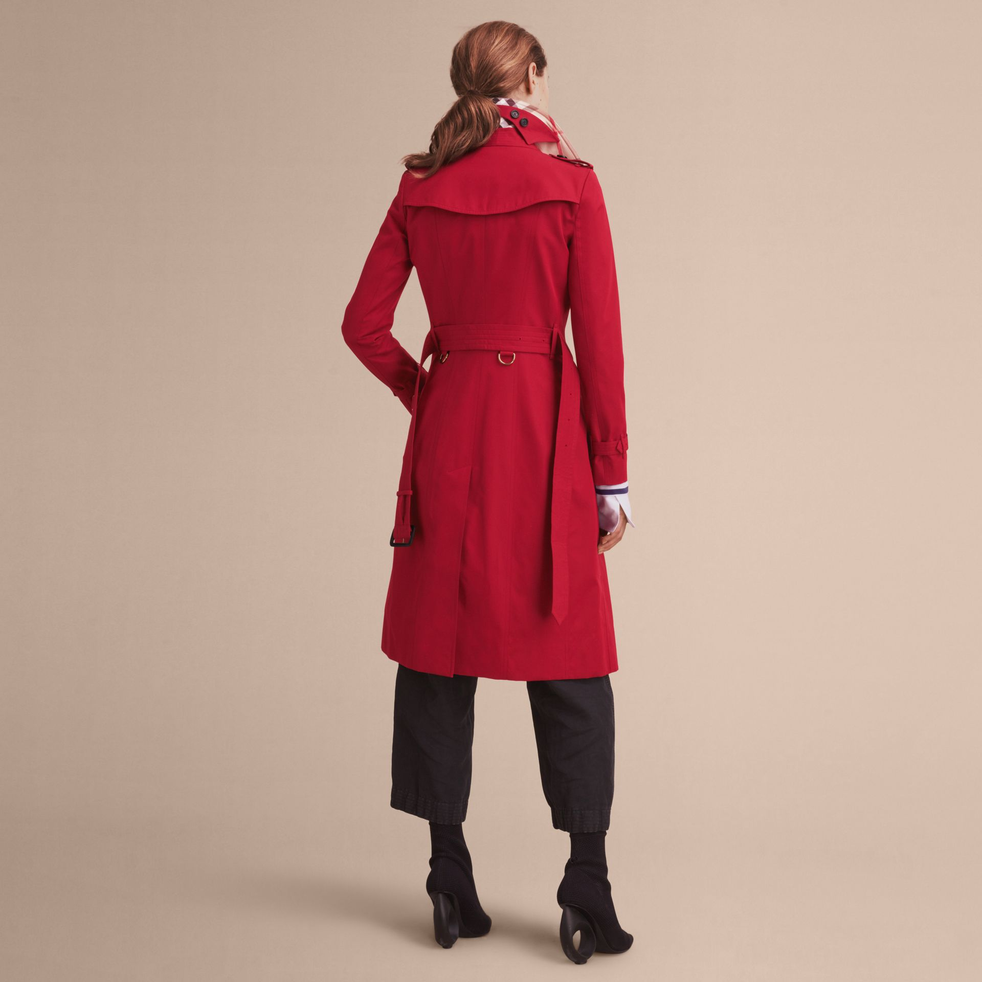 Parade red The Chelsea – Extra-long Heritage Trench Coat Parade Red - gallery image 4