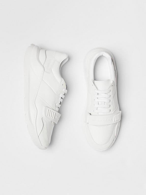 Sneakers en cuir velours, néoprène et cuir (Blanc Optique)