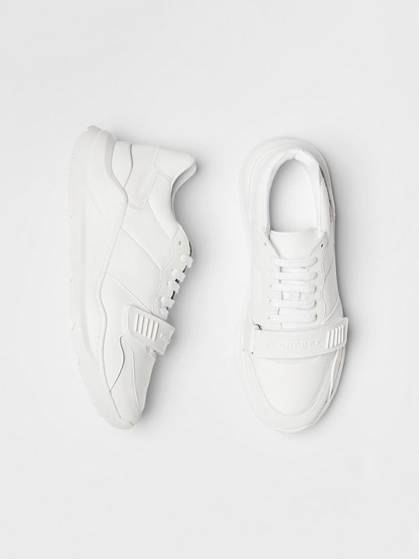 Tênis de couro, camurça e neoprene (Branco Ótico)