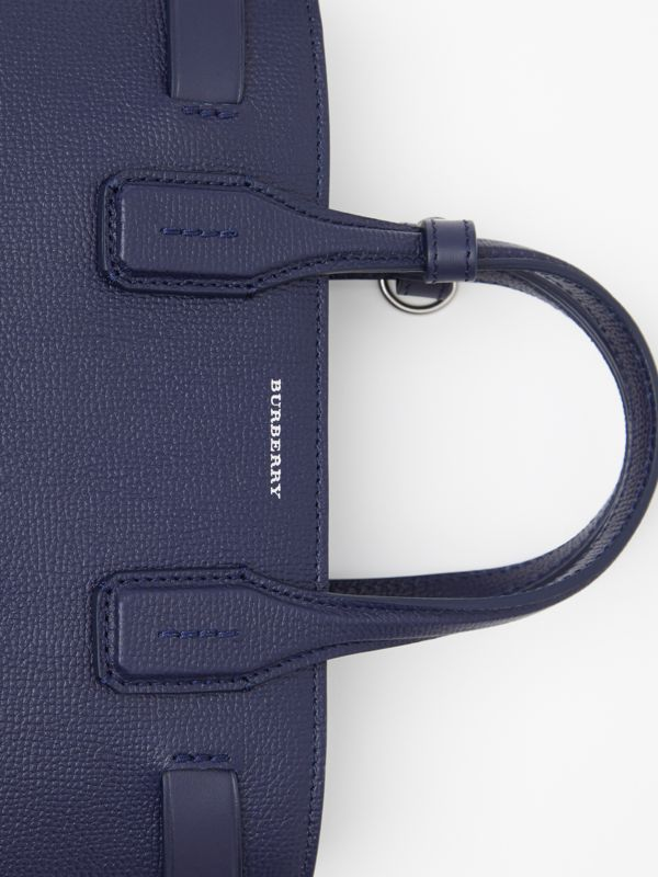The Banner piccola in pelle con dettagli Vintage check (Blu Reggenza) - Donna | Burberry - cell image 2