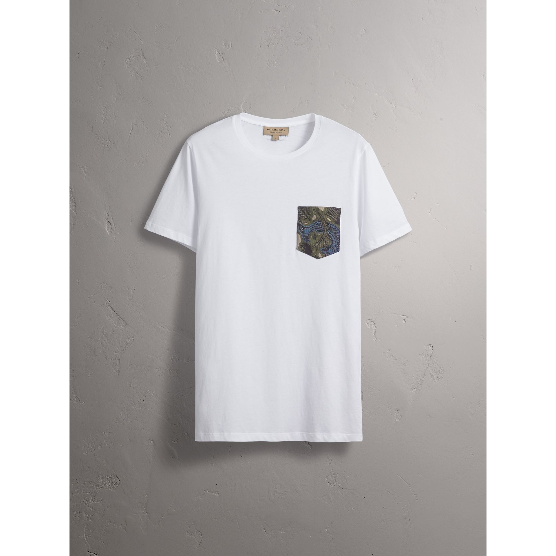 Beasts Jacquard Pocket Detail Cotton T-shirt in White - gallery image 4