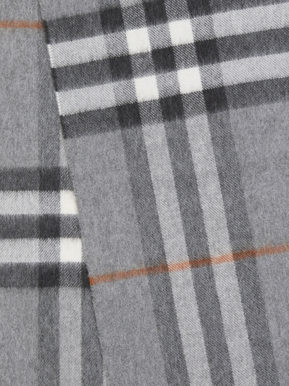 The Classic Check Cashmere Scarf in Grey | Burberry - cell image 1