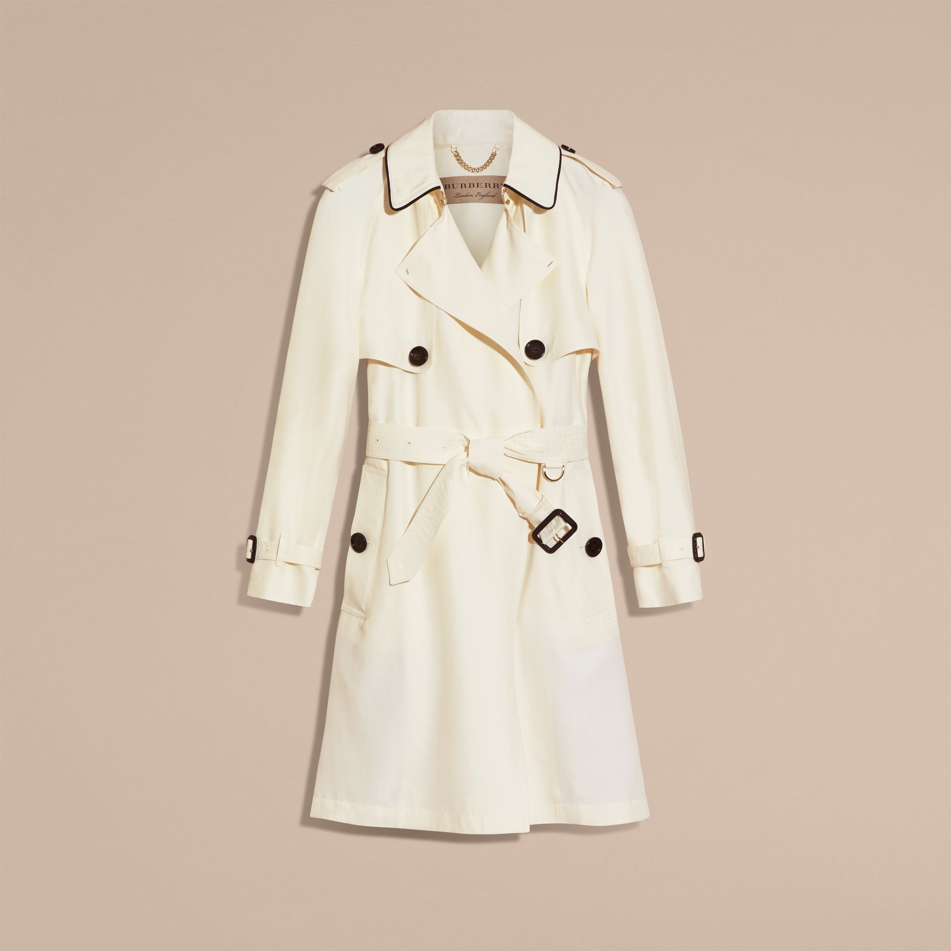 Parchemin Trench-coat en soie avec détails oversize Parchemin - photo de la galerie 4