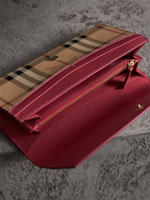 Haymarket Check and Leather Continental Wallet in Plum Pink - Women | Burberry United Kingdom - cell image 3