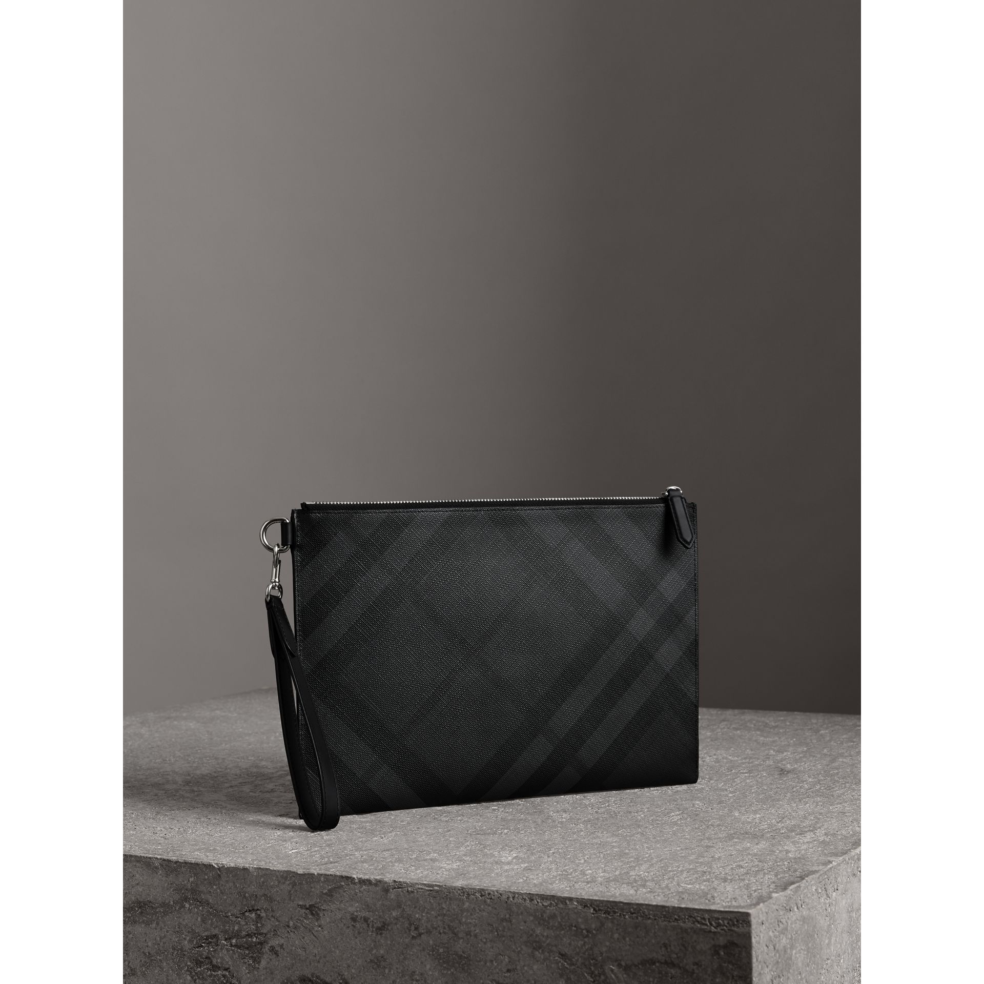 London Check Zip Pouch in Charcoal/black | Burberry - gallery image 4
