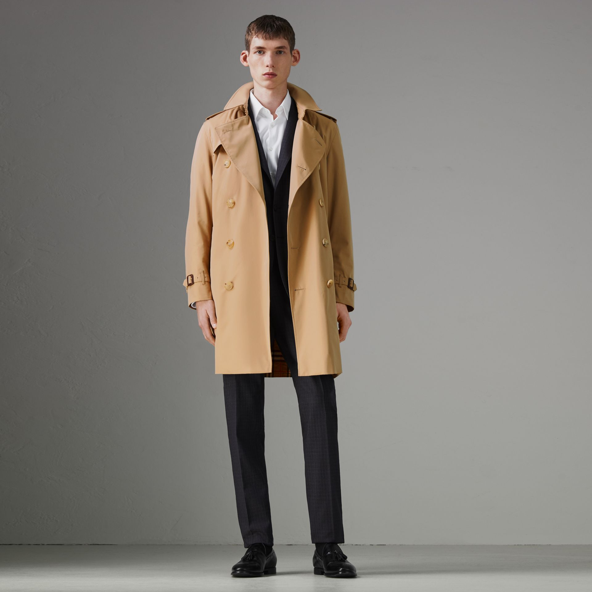 Trench coat Heritage The Kensington (Miele) - Uomo | Burberry - immagine della galleria 0