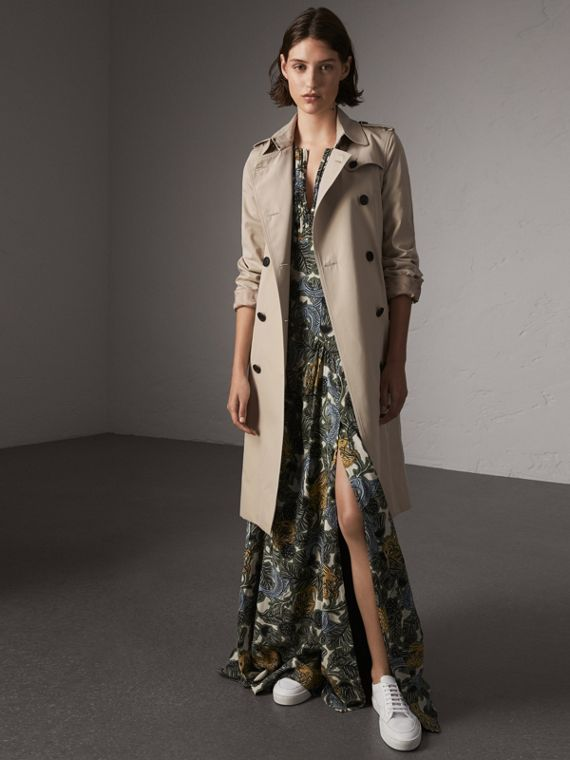 The Kensington – Extra-long Trench Coat in Stone
