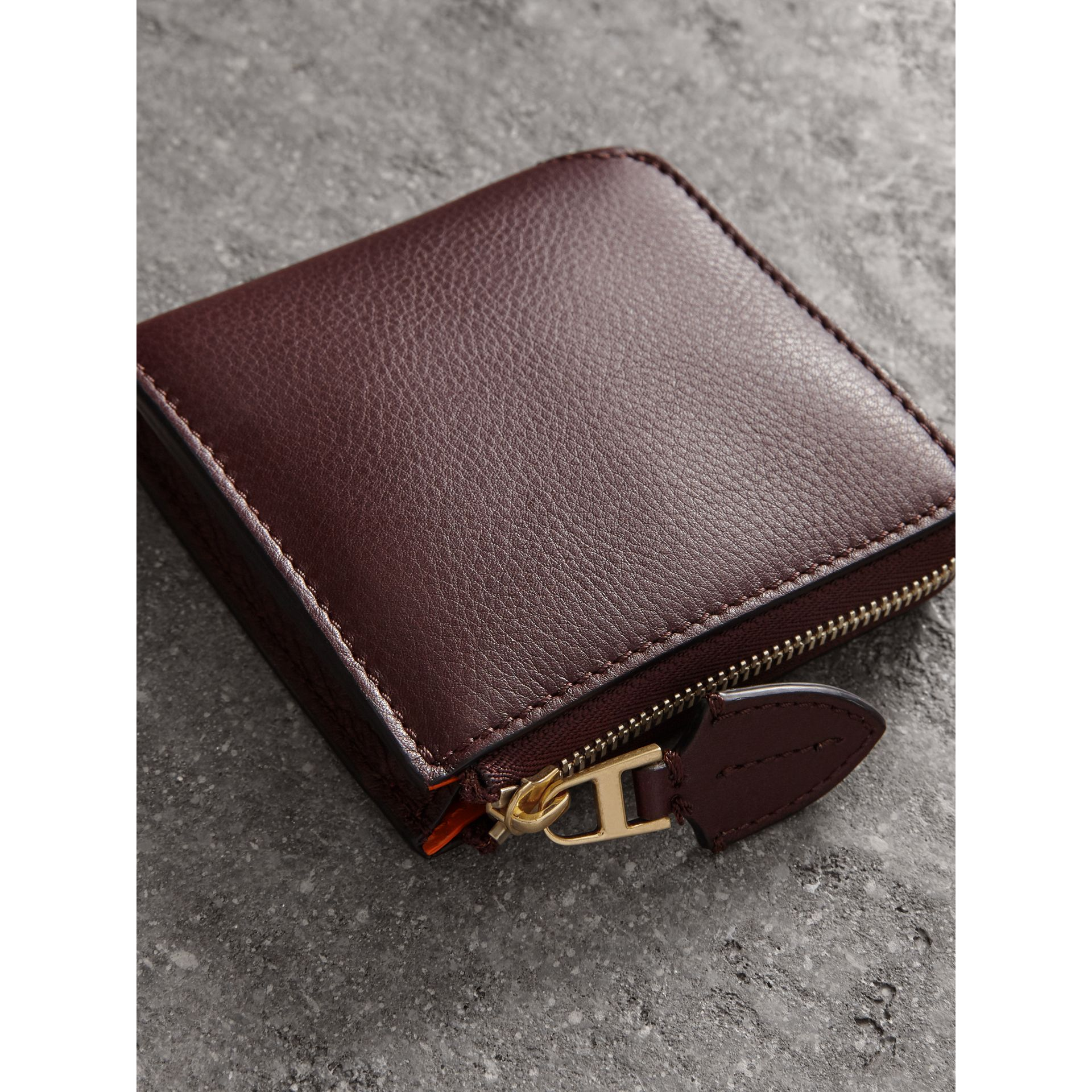 Grainy Leather Square Ziparound Wallet in Deep Claret - Women | Burberry Singapore - gallery image 2