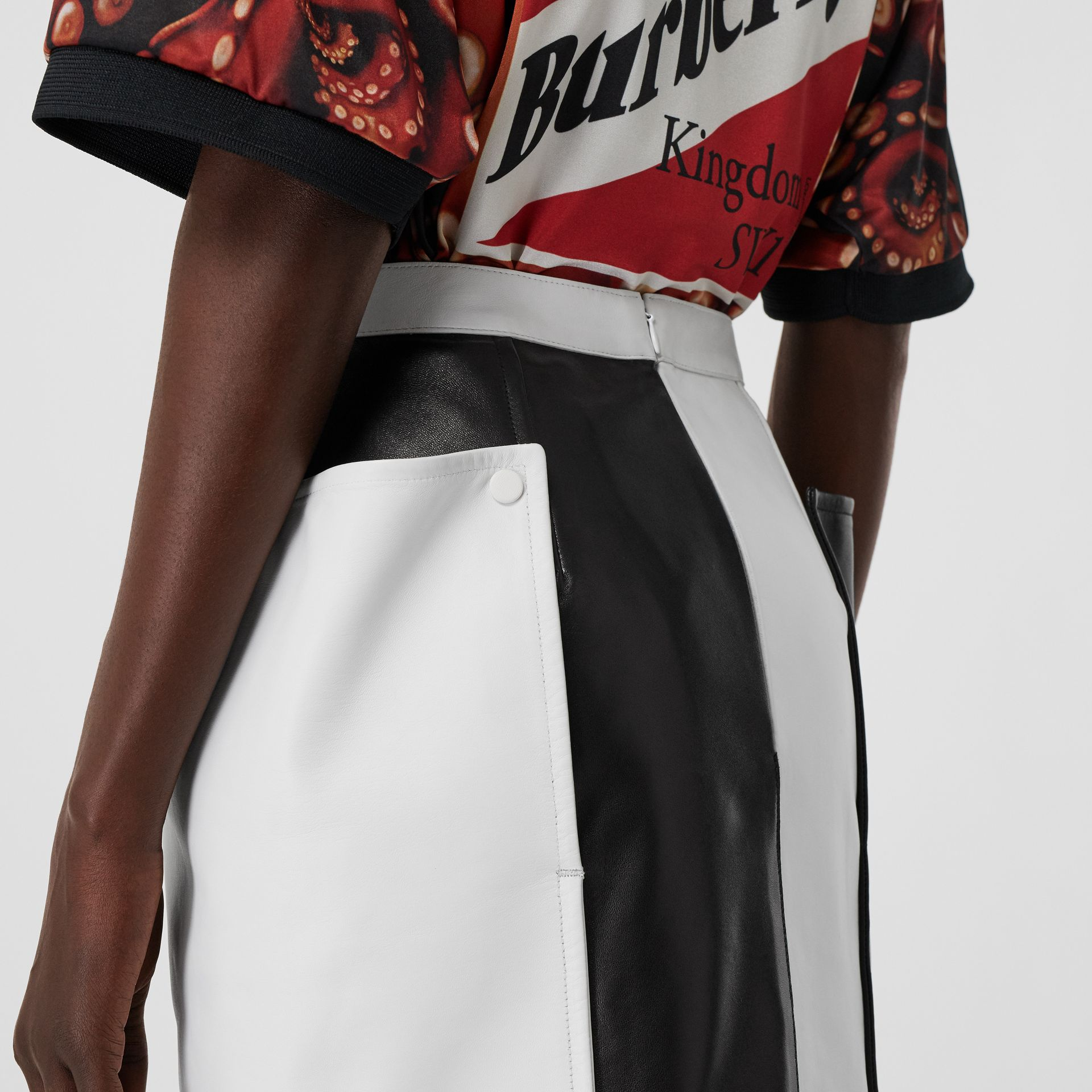 Pocket Detail Two-tone Lambskin Mini Skirt in Black/white - Women | Burberry - gallery image 1