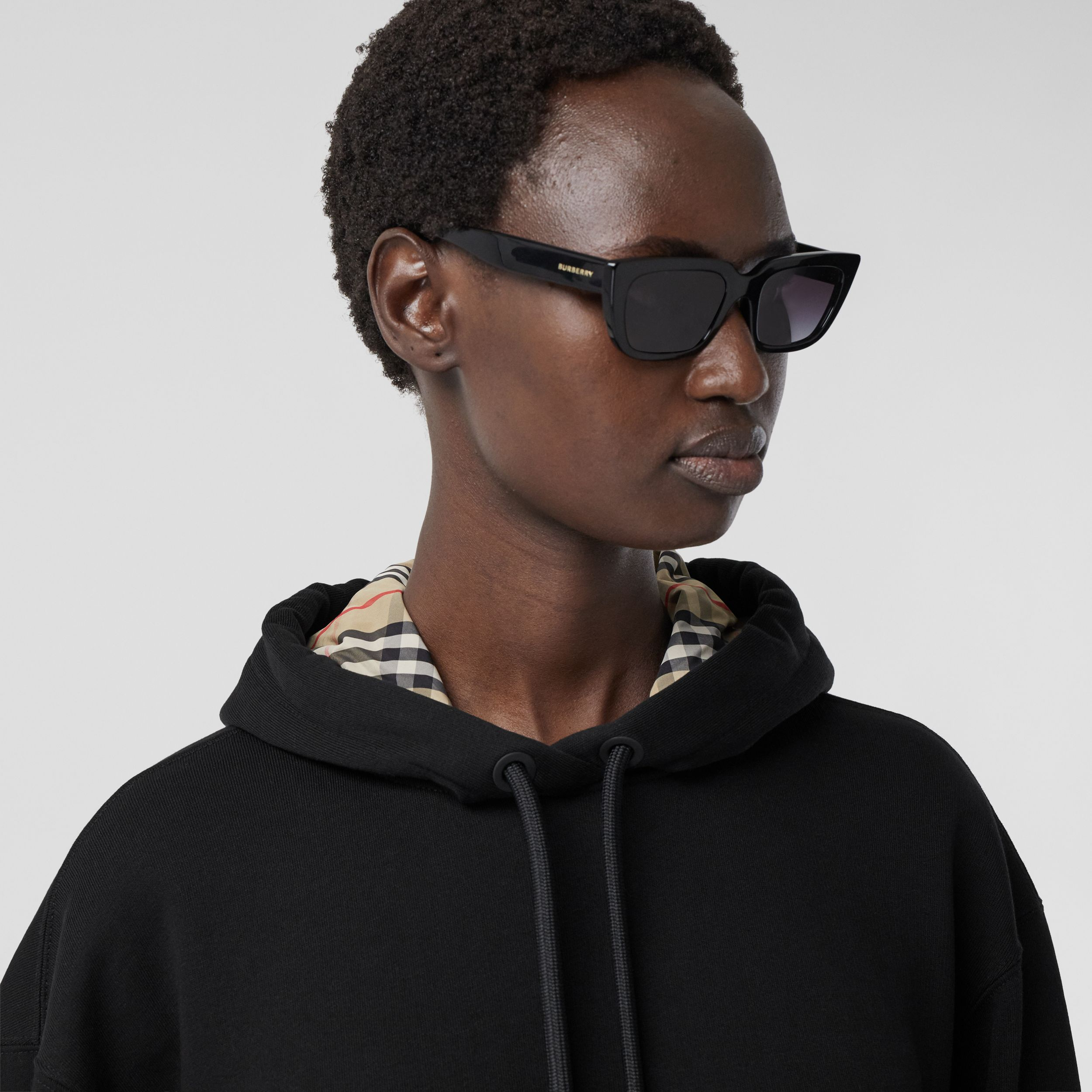 Stepped Hem Organic Cotton Oversized Hoodie in Black - Women | Burberry - 2