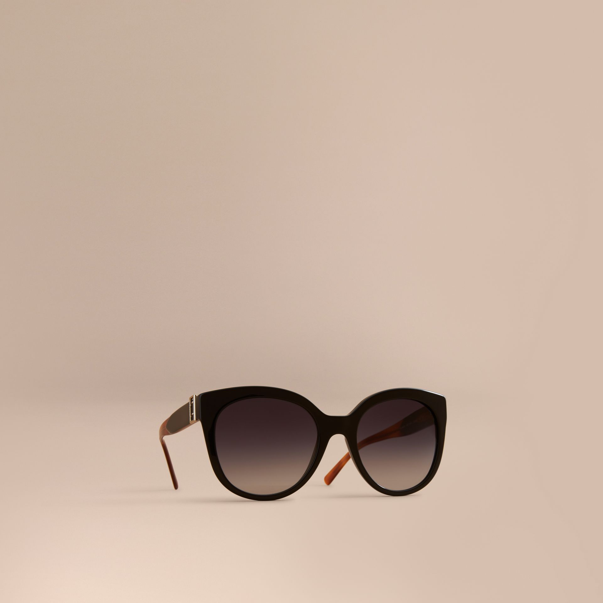 Buckle Detail Cat-eye Frame Sunglasses in Black - Women | Burberry Canada - gallery image 1