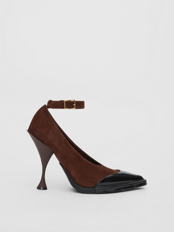 Toe Cap Detail Leather Point-toe Pumps in Dark Mocha