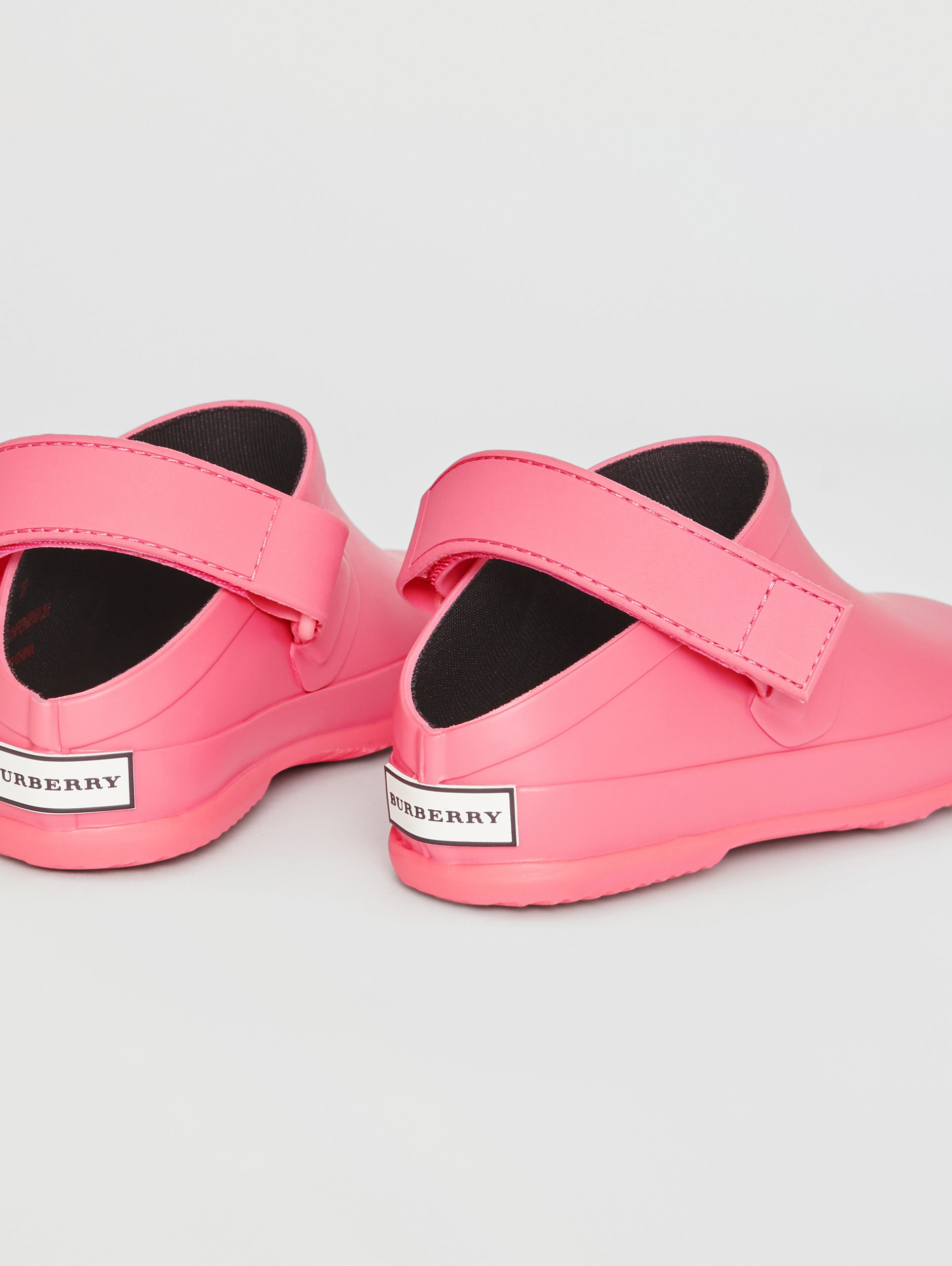 Check Detail Rubber Sandals in Bright Rose - Children | Burberry - 3