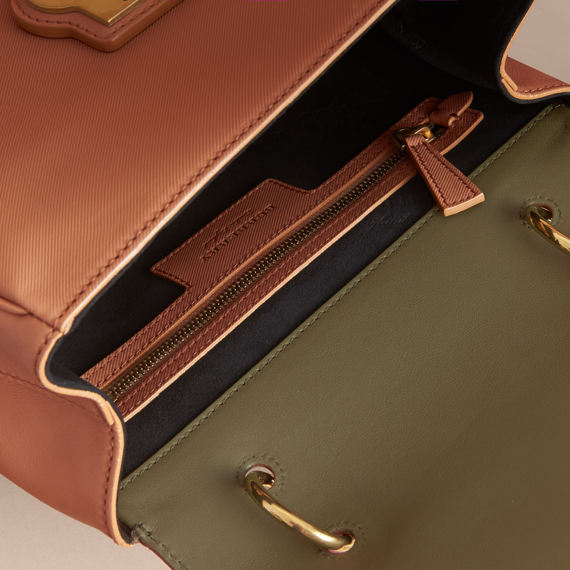 The Medium DK88 Top Handle Bag Pale Clementine/moss Green - gallery image 5
