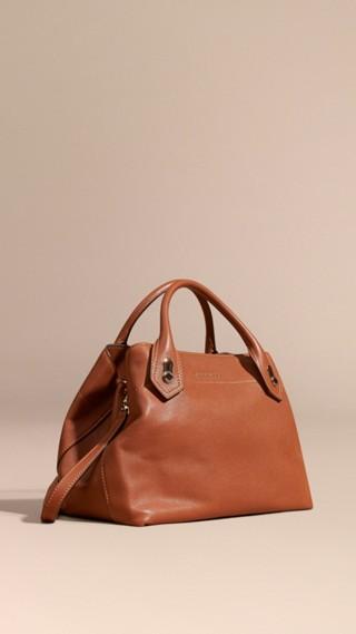 The Medium Milton in Grainy Leather