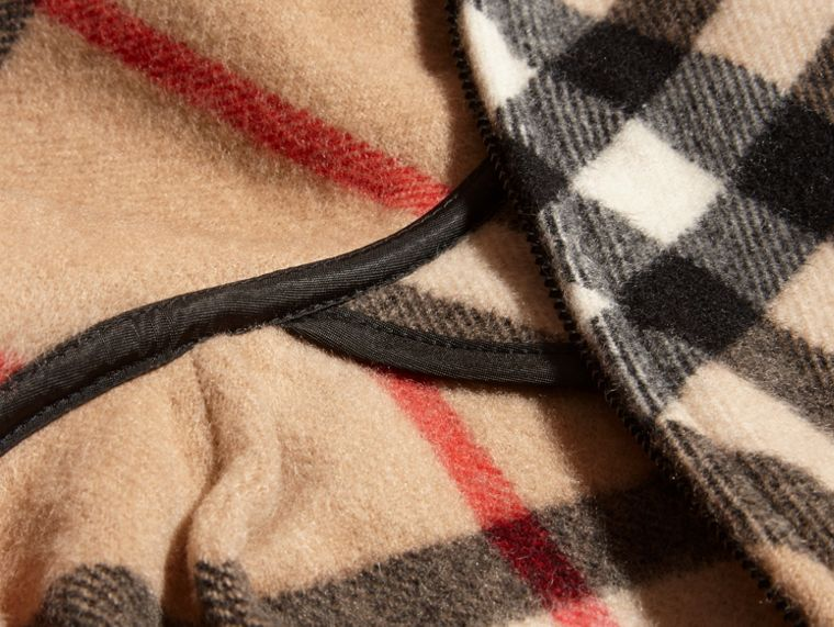 Hooded Check Wool Cashmere Cape - Girl | Burberry - cell image 1