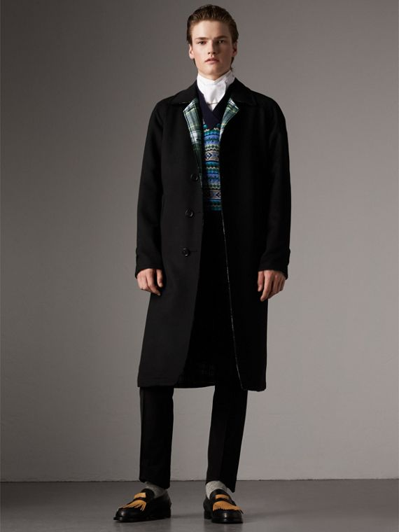 Reversible Cashmere and Tartan Wool Car Coat in Black