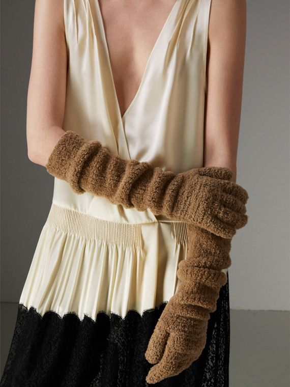 Chenille Longline Gloves in Camel
