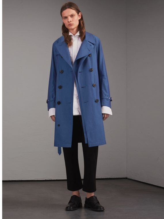 Trench coat in gabardine tropicale di cotone