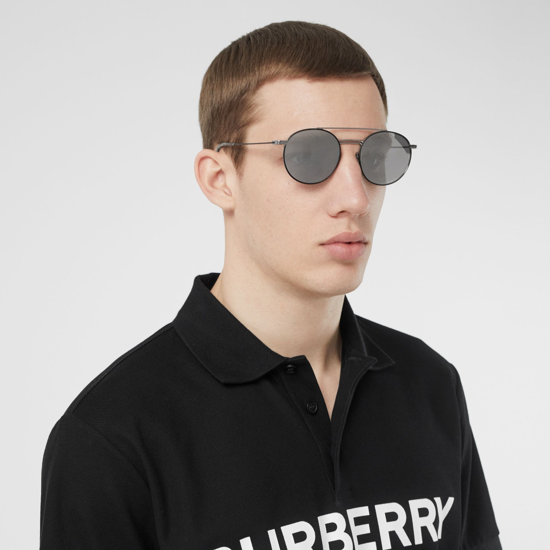 Top Bar Detail Round Frame Sunglasses in Gunmetal - Men | Burberry United States - gallery image 2