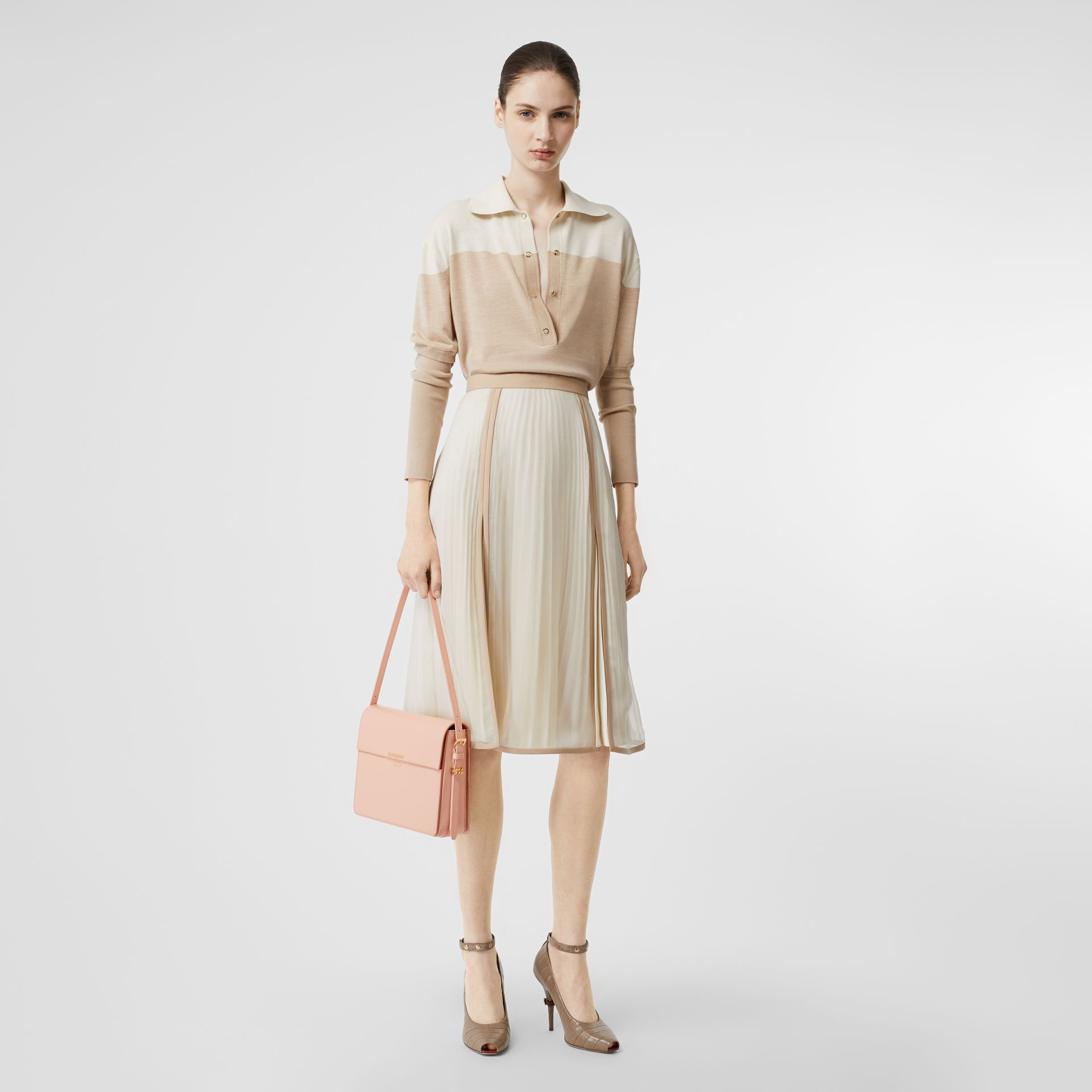 Large Leather Grace Bag in Soft Blush - Women | Burberry United Kingdom - gallery image 5