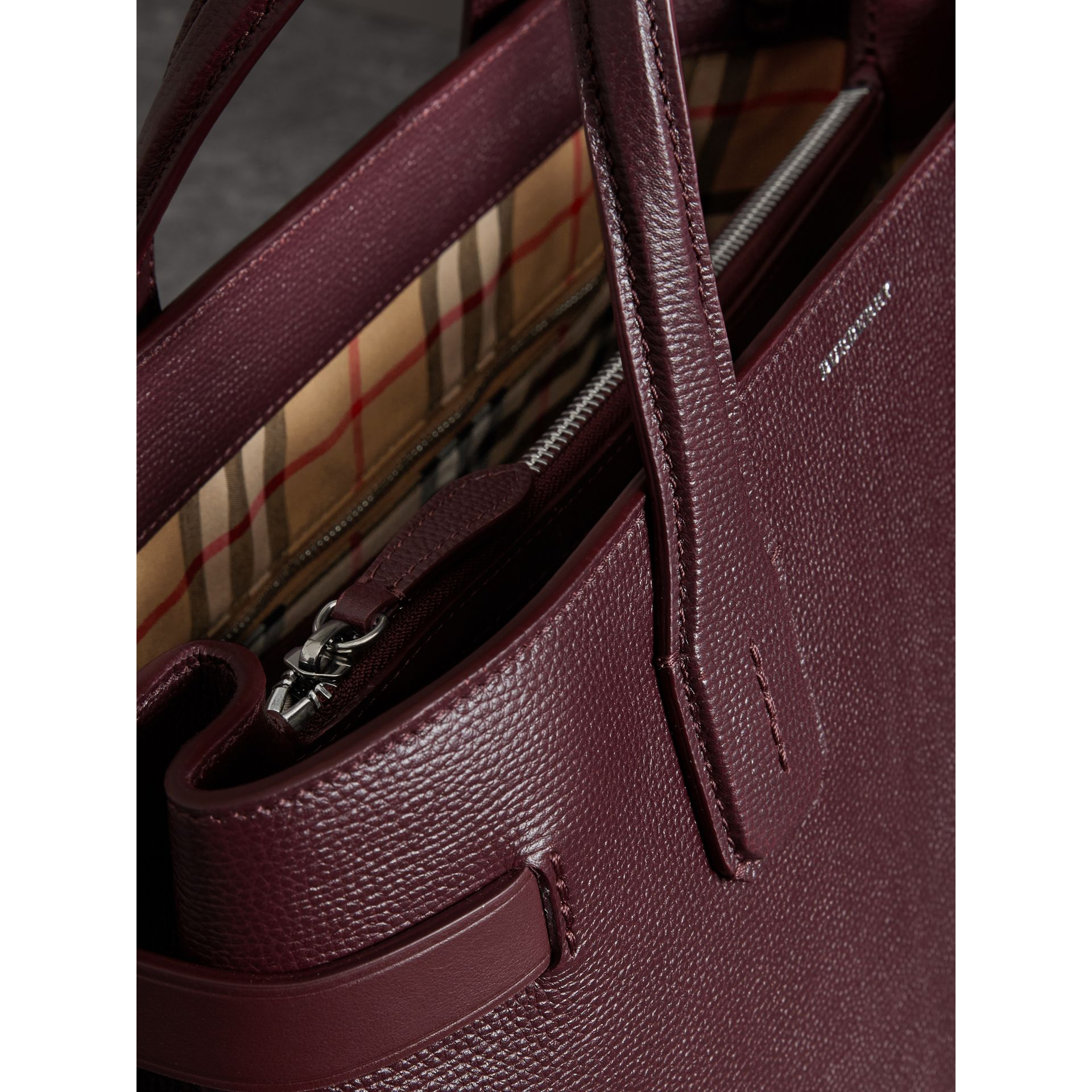 The Medium Banner in Leather and Vintage Check in Mahogany Red - Women | Burberry - gallery image 3
