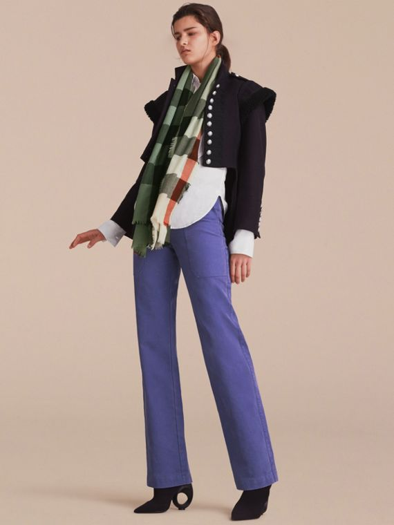 The Lightweight Cashmere Scarf in Ombré Check Apple Green - cell image 2
