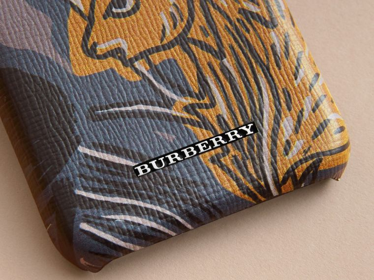 Beasts Print London Leather iPhone 7 Case in Navy Grey - Men | Burberry - cell image 1