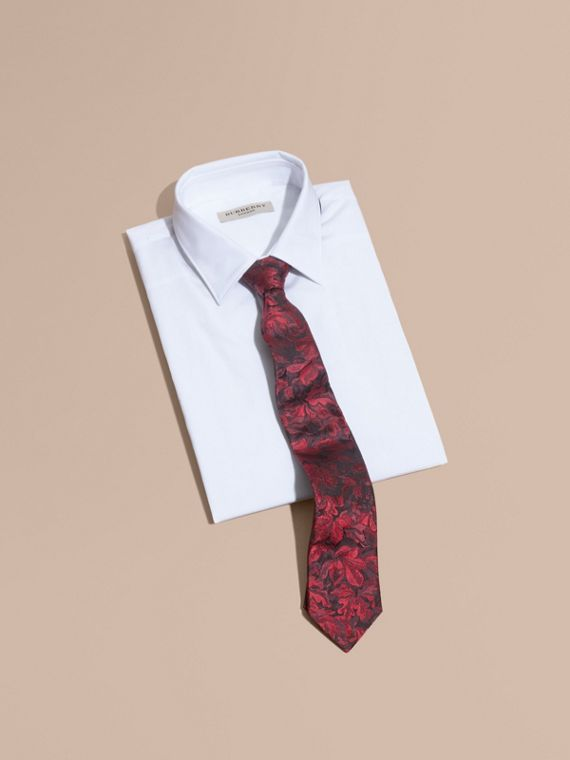 Modern Cut Floral Jacquard Silk Tie in Deep Claret - cell image 3